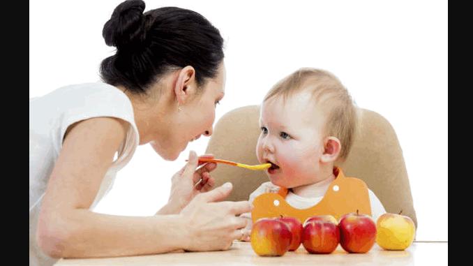 শিশুর সঠিক বৃদ্ধিতে খাওয়ান সঠিক খাবার