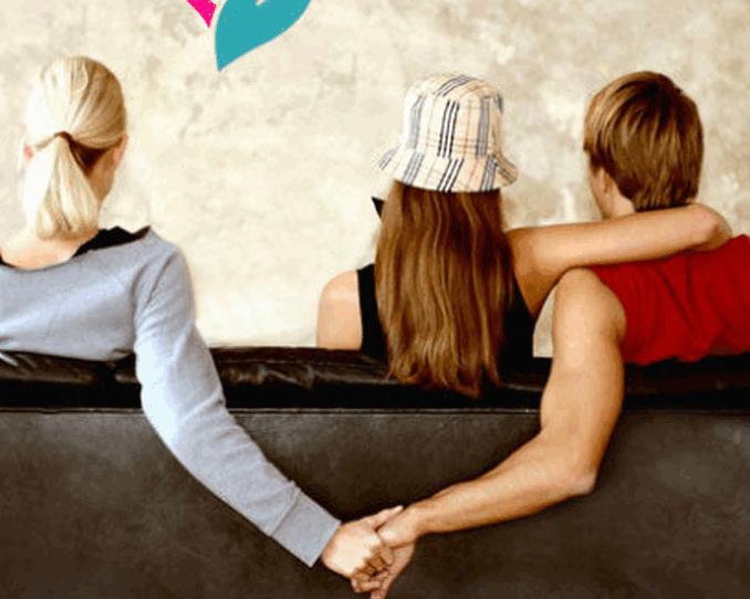 স্ত্রী পরকীয়া করার কারণ